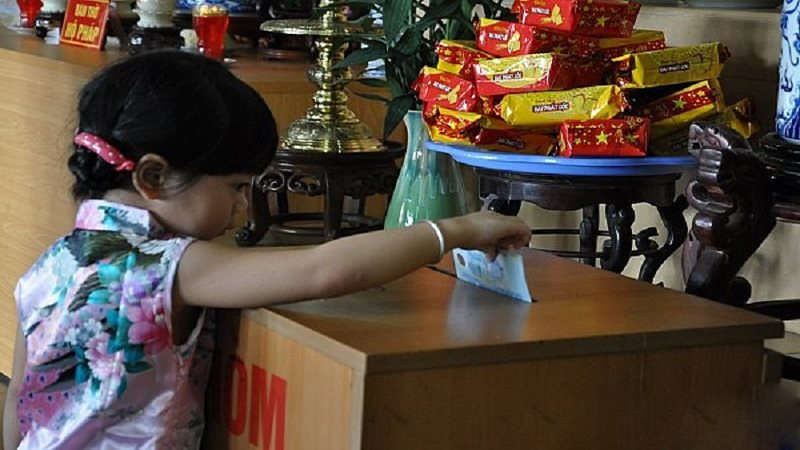 Buddhis Vietnam Tolak Campur Tangan Negara Urusi Uang Persembahan