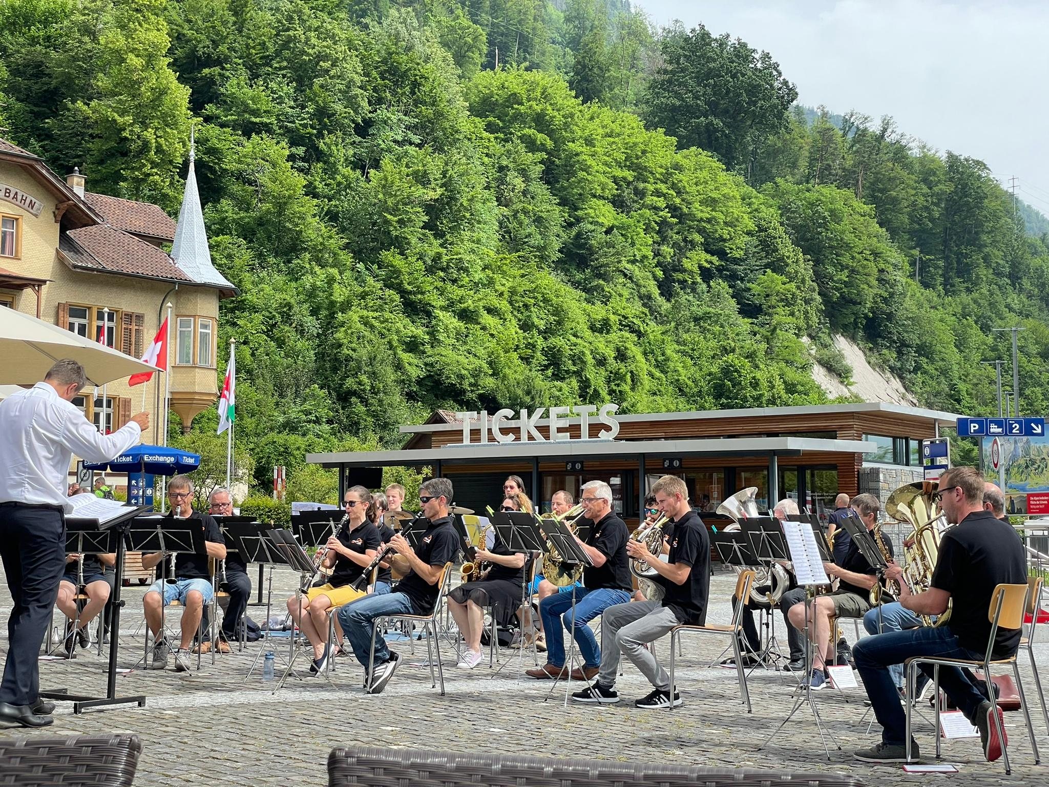 Platzkonzerte Dorf + Stad