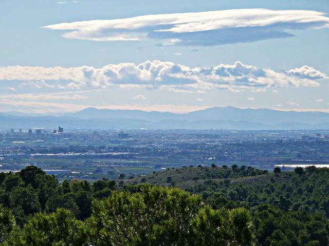 El Mondúver y las sierras de Aitana y Mariola desde la Llometa del Bassó - Nàquera - Valencia
