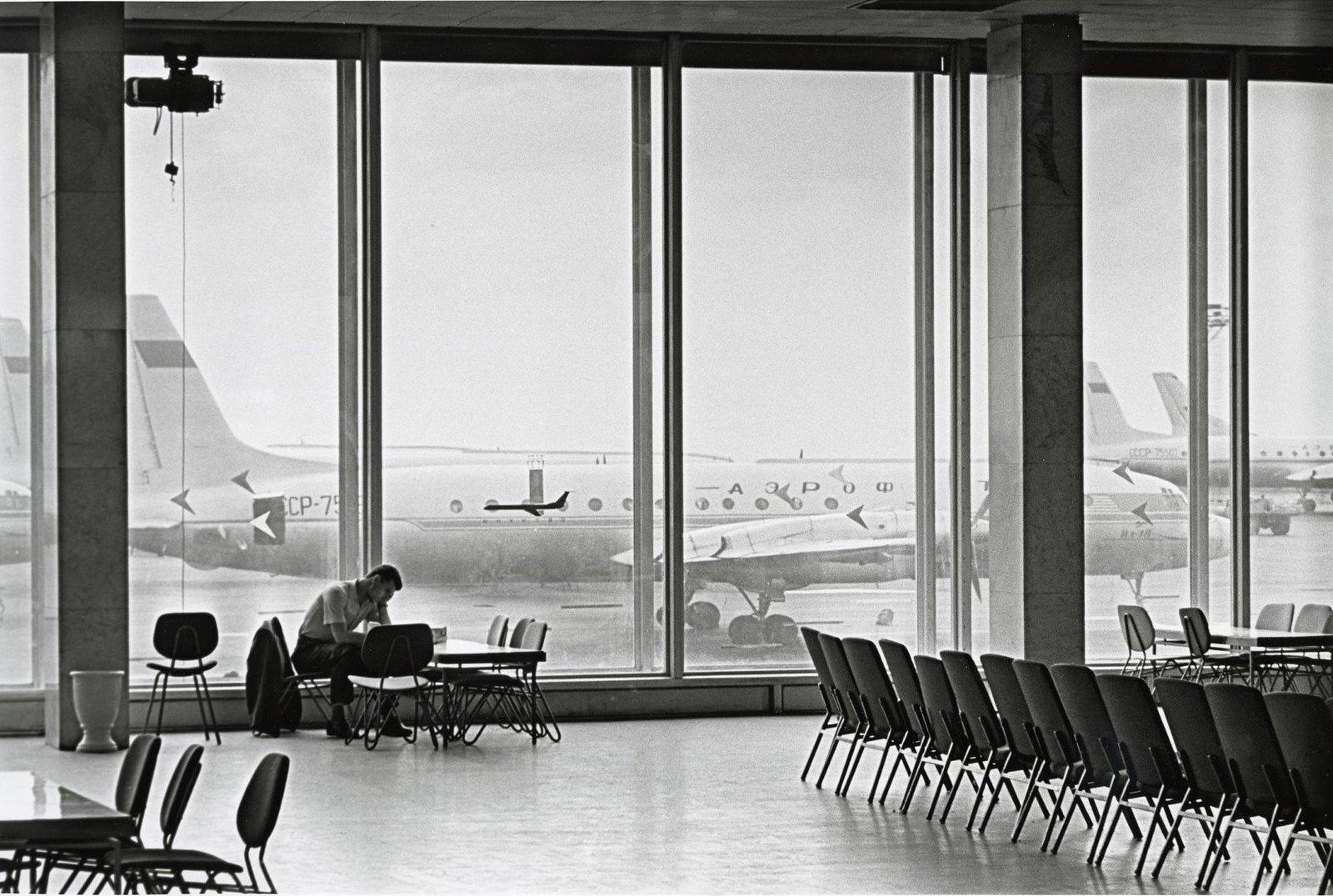 1964. Аэропорт «Внуково».
