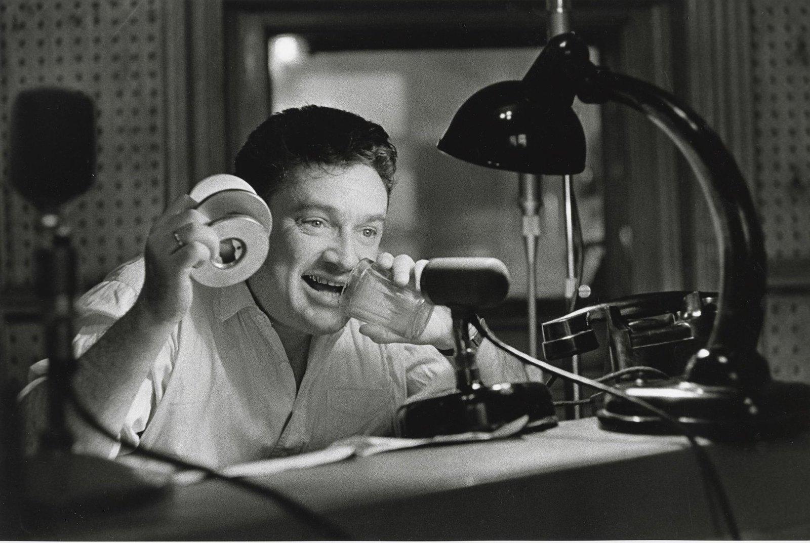 1960-е. Запись радиоспектакля. Актер Евгений Весник