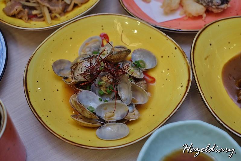 Senshi Sushi & Grill- Japanese Restaurant Dorsett Singapore- Clams