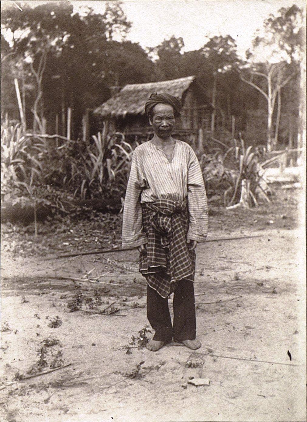 Старшина деревни. Батины. Суматра.