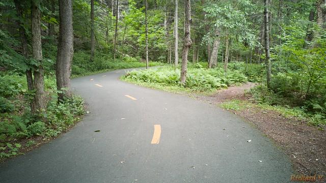 Piste cyclable, Parc des Sept-Chutes, St-Georges, Canada - 110-3