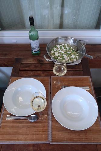 Risotto mit Erbsen und Ziegenkäse (auf unserem Balkon)