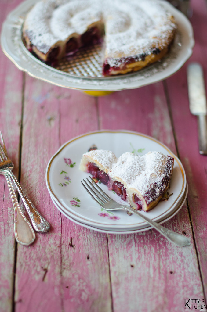 torta di ciliegie russa
