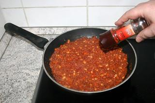 24 - Taste with chili flakes / Mit Chiliflocken abschmecken