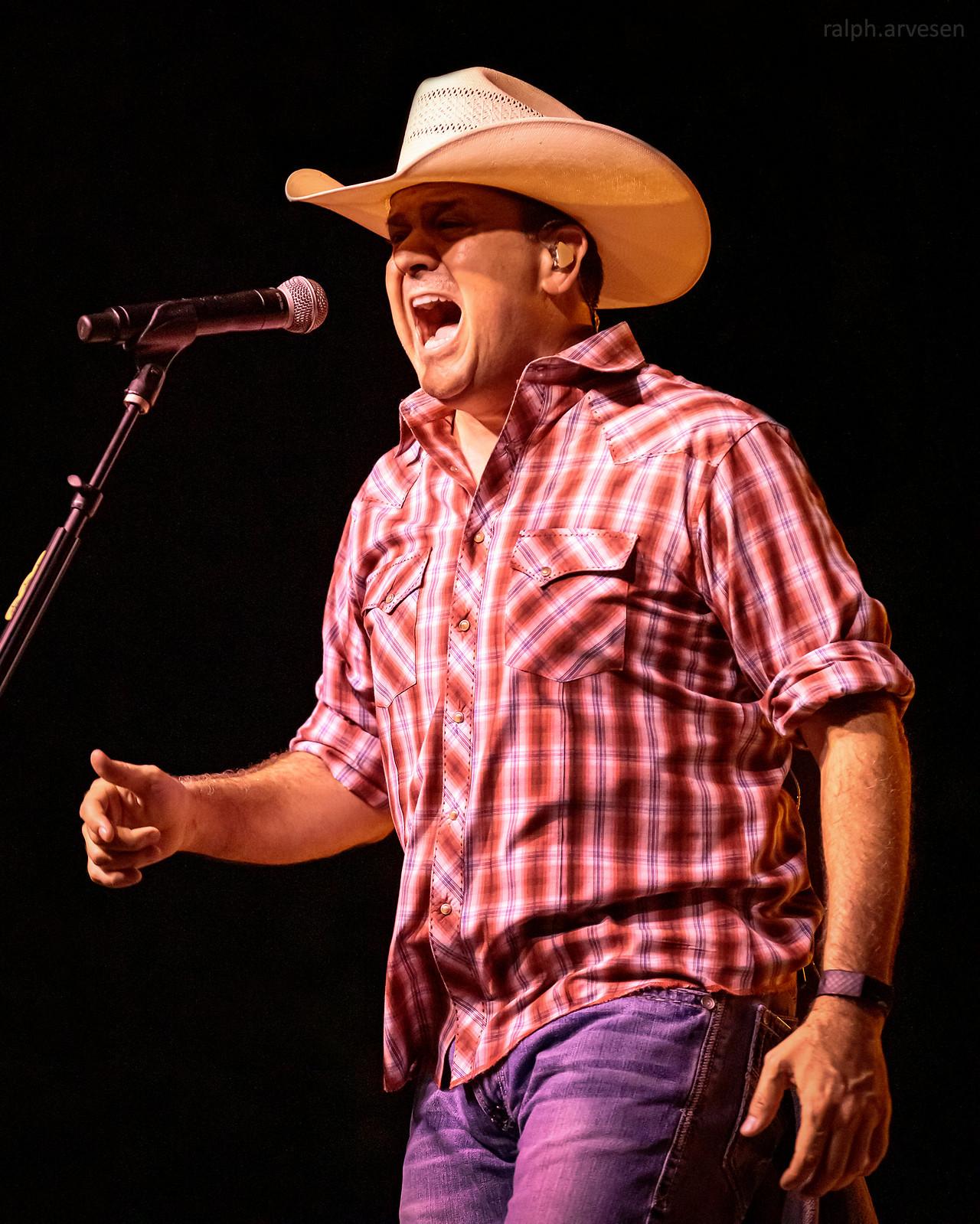 Roger Creager | Texas Review | Ralph Arvesen