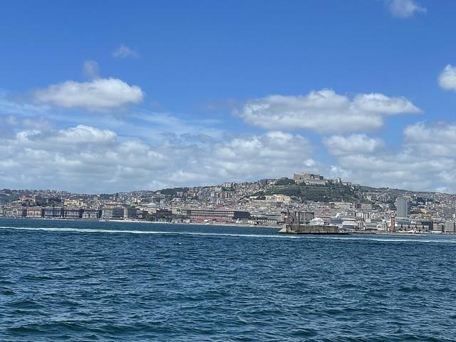 Einfahrt aus Capri in Napoli