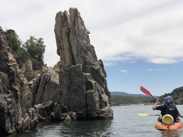 Kayak en el embalse de El Atazar