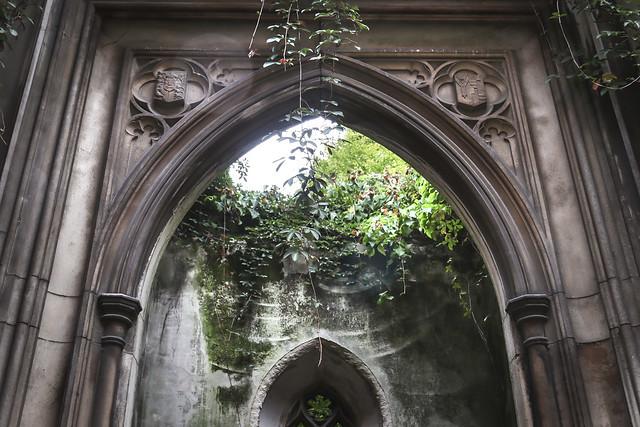 St Dunstan in the East Church Garden, London
