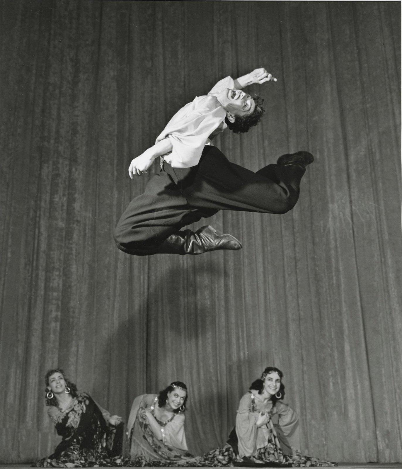 1966. Ансамбль народного танца СССР. Танец молдавских цыган