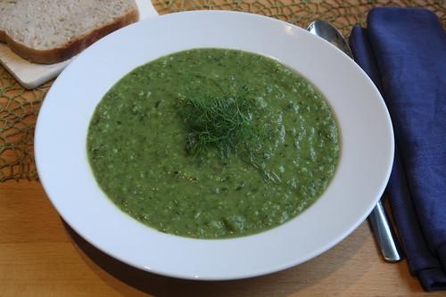 PFL-Soup = Suppe aus Erbsen, Kopfsalat und Fenchel (mein Teller)