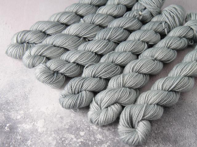Favourite Sock Minis – pure Merino wool superwash 4 ply / fingering hand dyed yarn 20g miniskeins – 'Silver'