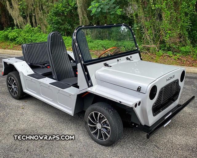 Moke electric vehicle with Avery Dennison Gloss Gray vinyl wrap