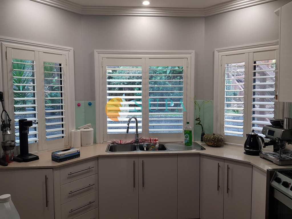 Get Top Quality Simple Blinds Doors Sydney at Low Cost