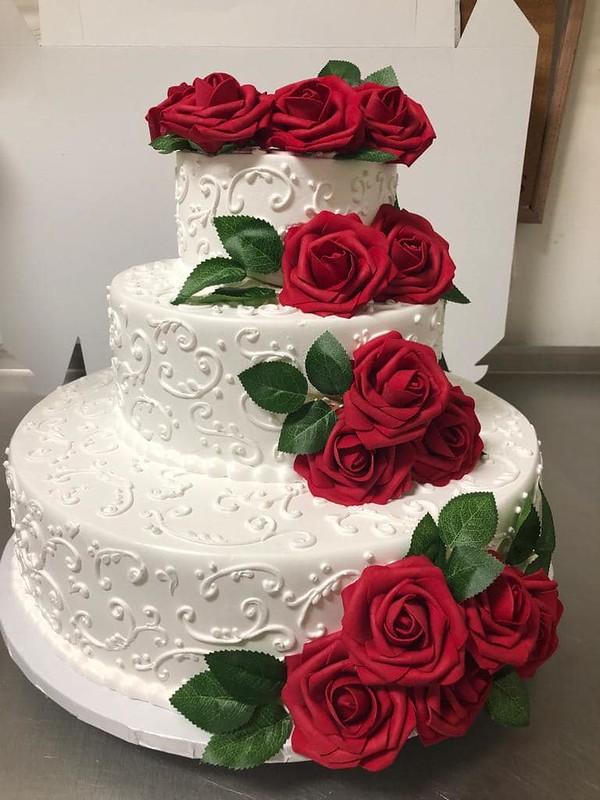 Cake by Grecia's Bakery