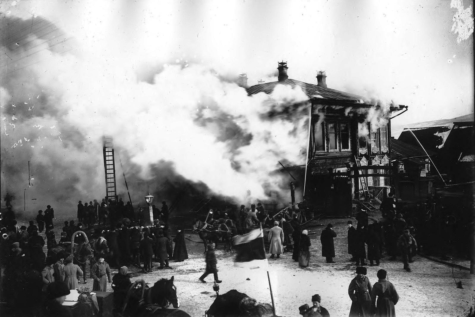 Пожар в гостинице «Золотой якорь» 1908