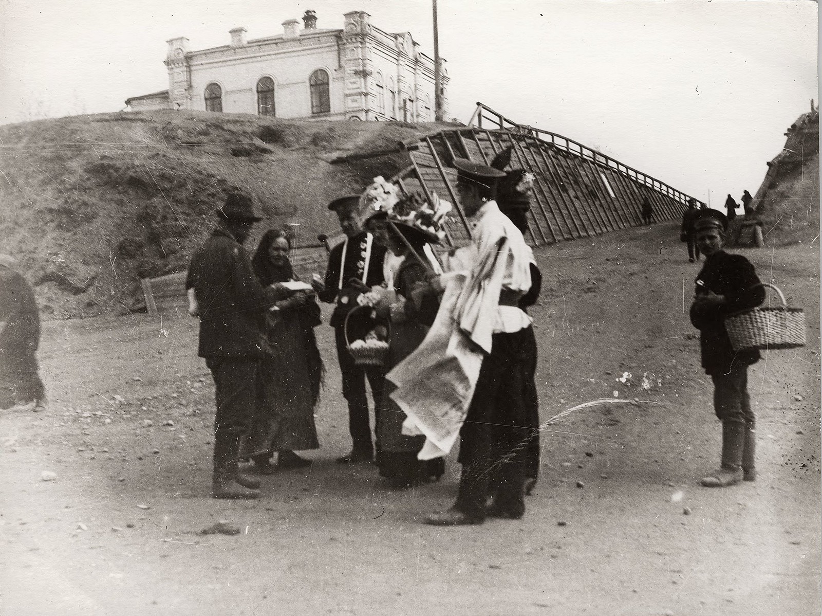 Первый праздник «Белого цветка». 1912