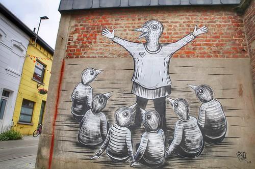 """Beautiful mural in Kessel-Lo called """"Sas"""" from artist Gijs Vanhee"""