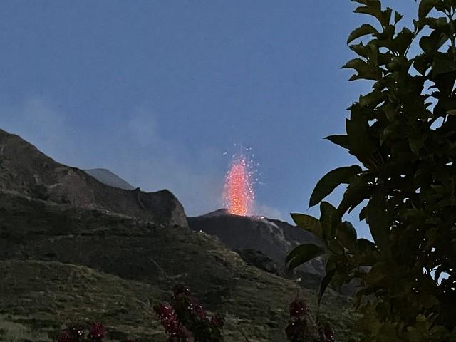 Der feuerspeiende Vulkan