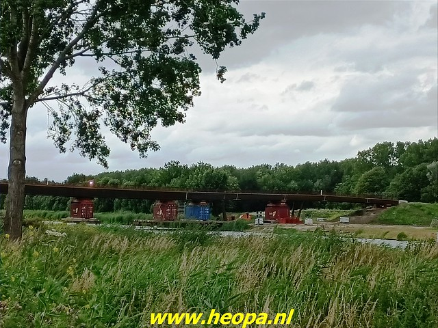 2021-07-07    fiets en voetgangersbrug over de Hogevaart Waterlandseweg  (met toestemming gemaakt (6)