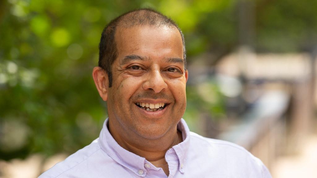 Professor Julian Chaudhuri