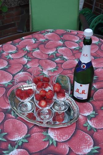 """""""Erdbeeren in Sekt"""" zur Begrüßung"""