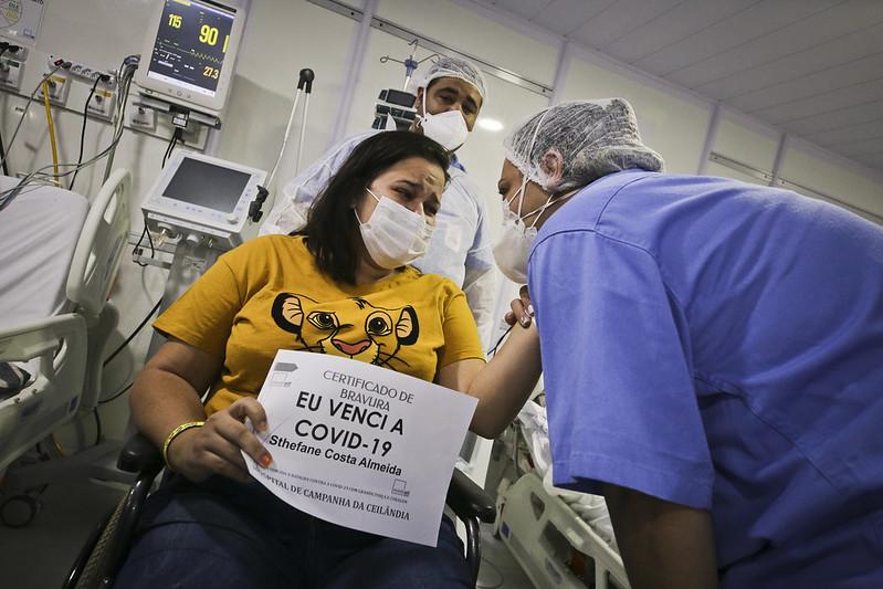 Alta de número 500 foi marcada por muita emoção no hospital de campanha de Ceilândia (06.07.2021)