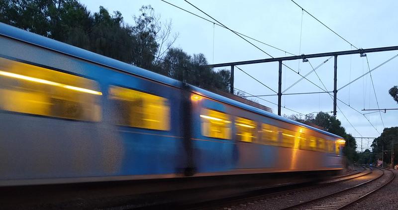 Citybound train approaching Elsternwick