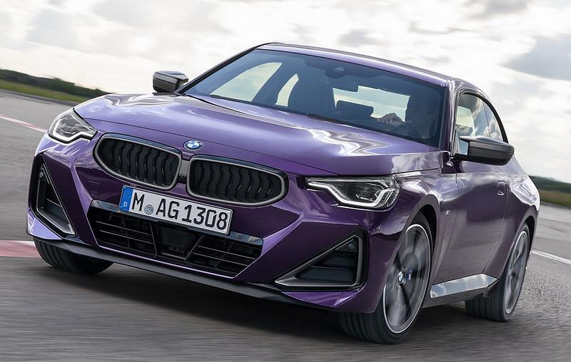 2022-BMW-2-Series-Coupe-M240i-230i-6