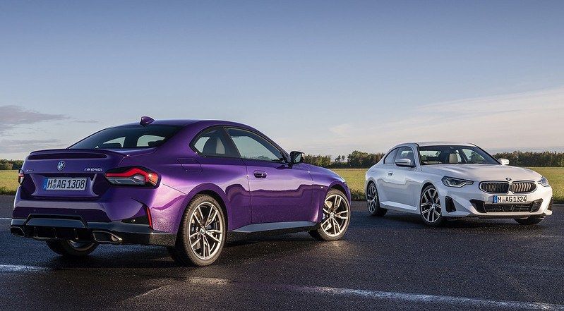 2022-BMW-2-Series-Coupe-M240i-230i-1