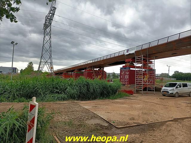 2021-07-07    fiets en voetgangersbrug over de Hogevaart Waterlandseweg  (met toestemming gemaakt (4)