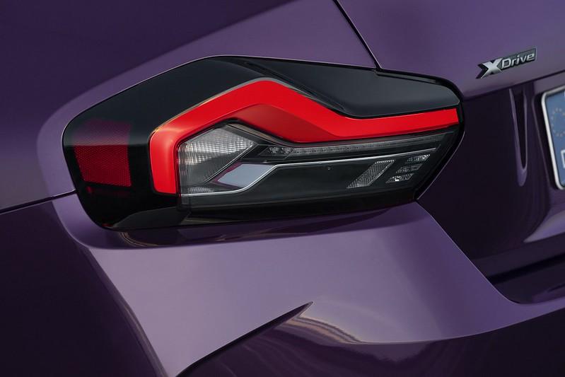 2022-BMW-2-Series-Coupe-M240i-230i-31