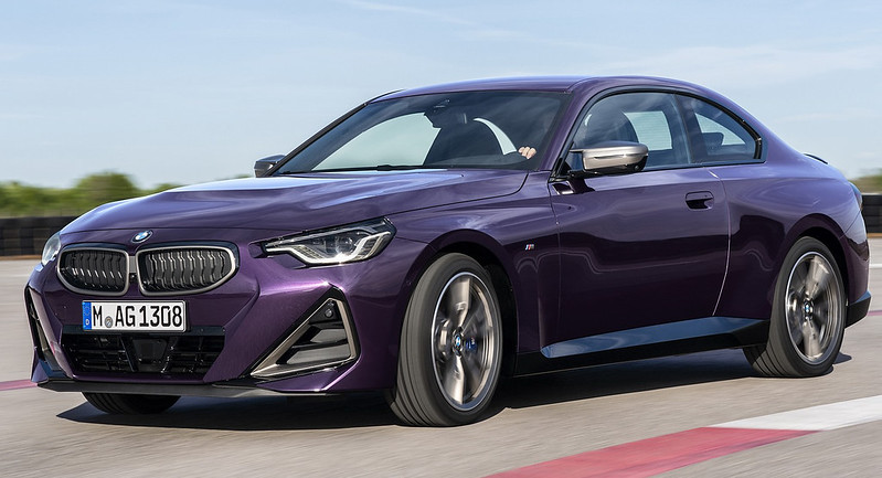 2022-BMW-2-Series-Coupe-M240i-230i-5