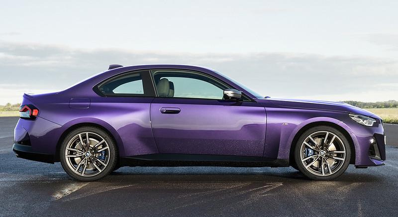 2022-BMW-2-Series-Coupe-M240i-230i-2-1