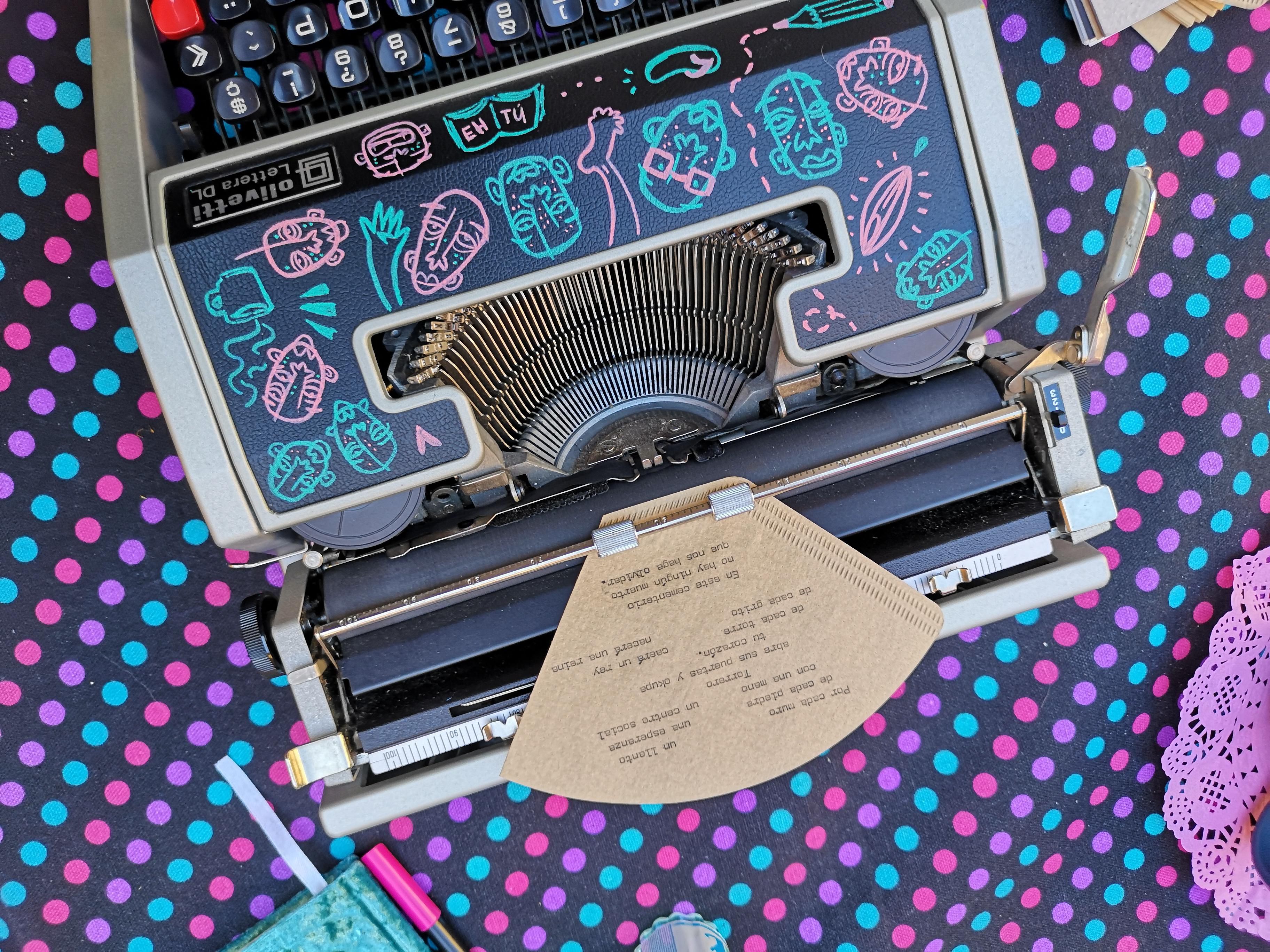 6- maquina de escribir de bea (1)