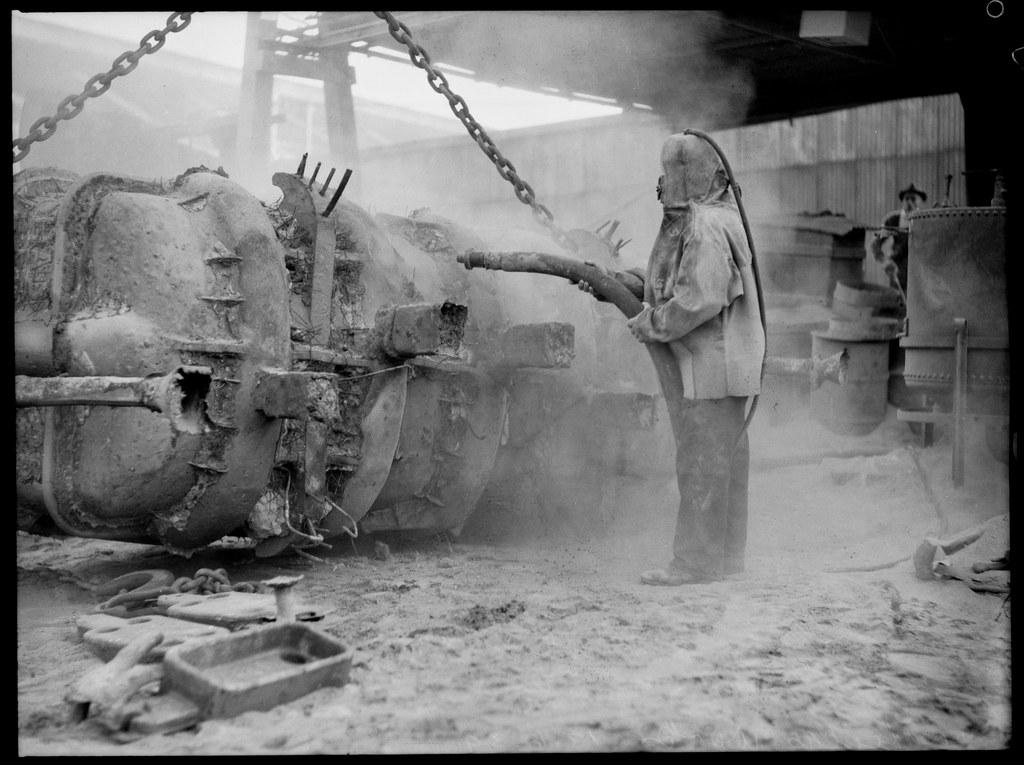 Worker at Hadfields Steel works, Sydney, 10 June 1939
