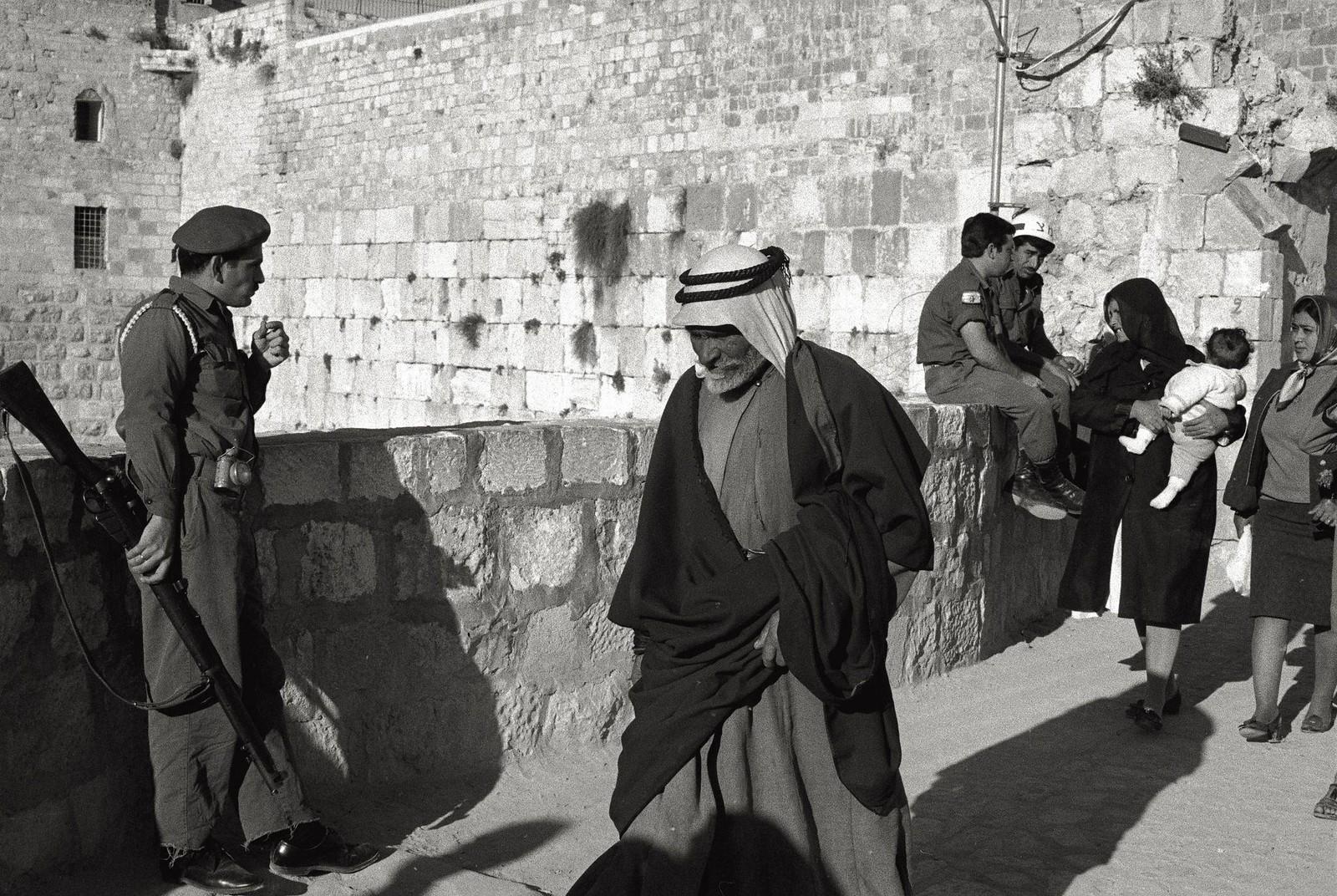 11. Израильский патруль в Старом городе во время арабских волнений