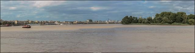 La Garonne vue des quais à Bordeaux