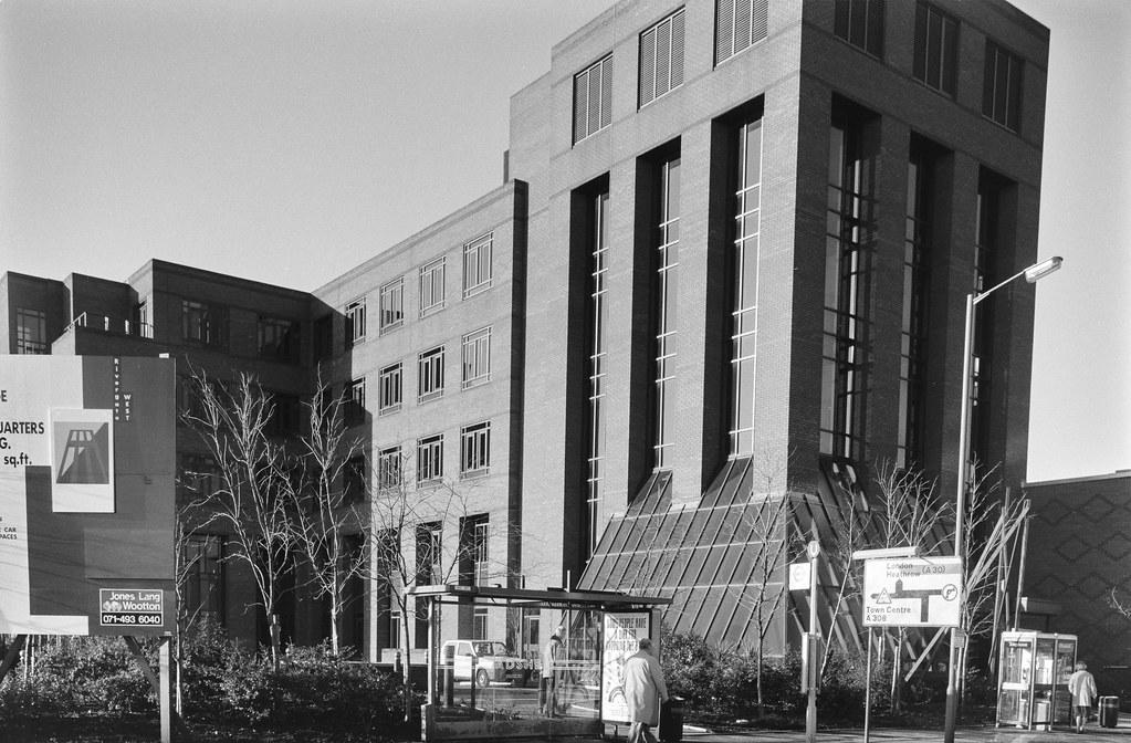 Offices, Kingston Road, Staines, Spelthorne, 1990, 90-12d-62