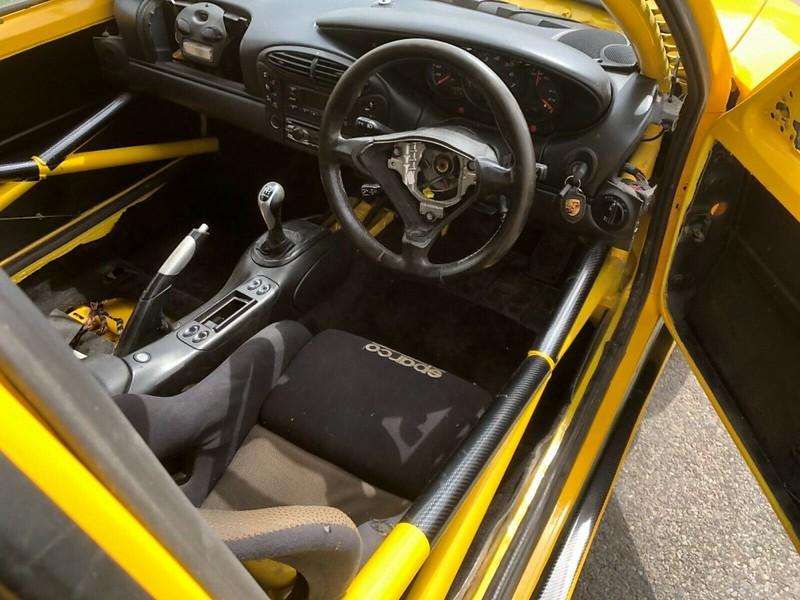 Peugeot-205-Porsche-Boxster-6