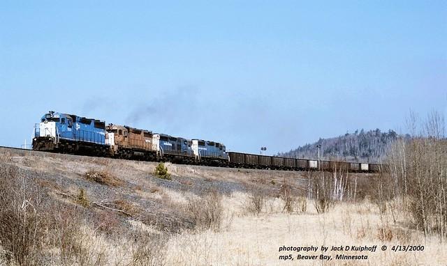 (SEE & HEAR)Rare SD28's---NSM 1233-34-35-30, mp5, Beaver Bay, MN. 4-13-2000
