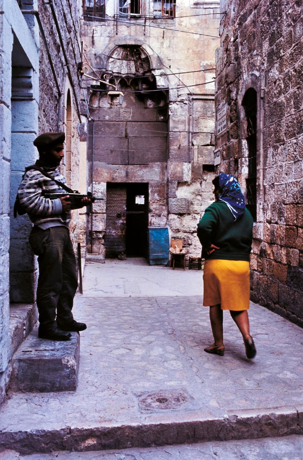 14. Израильский патруль в Старом городе во время арабских волнений