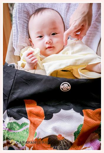 名古屋市で100日祝い 袴ロンパースを着た赤ちゃん