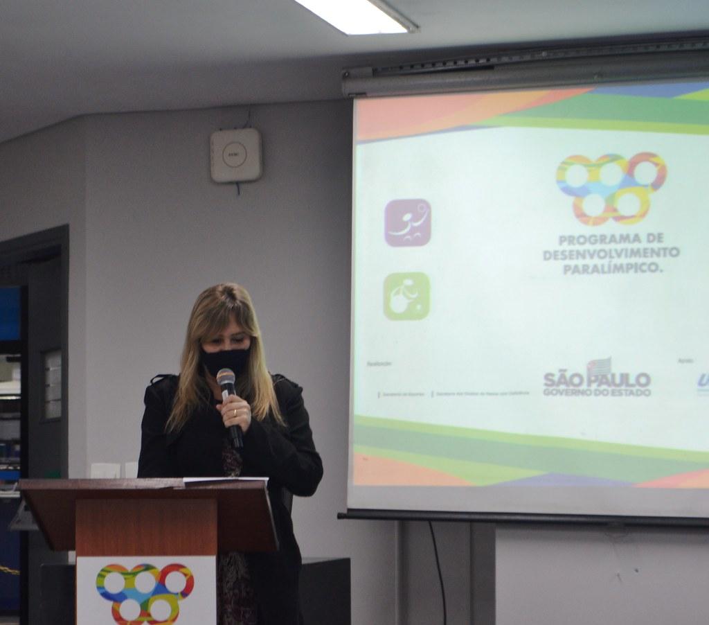 Aula inaugural do Programa Paradens no município de Guarujá