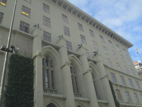 Art Deco Detailing, Bergen