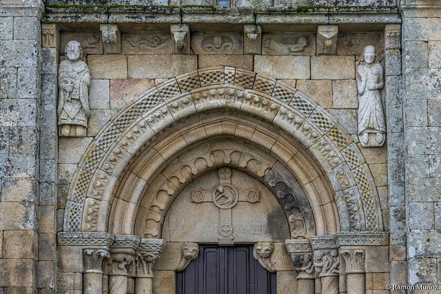 DSC3998 Portada Occidental, San Pedro da Mezquita, 1202, A Merca, Ourense