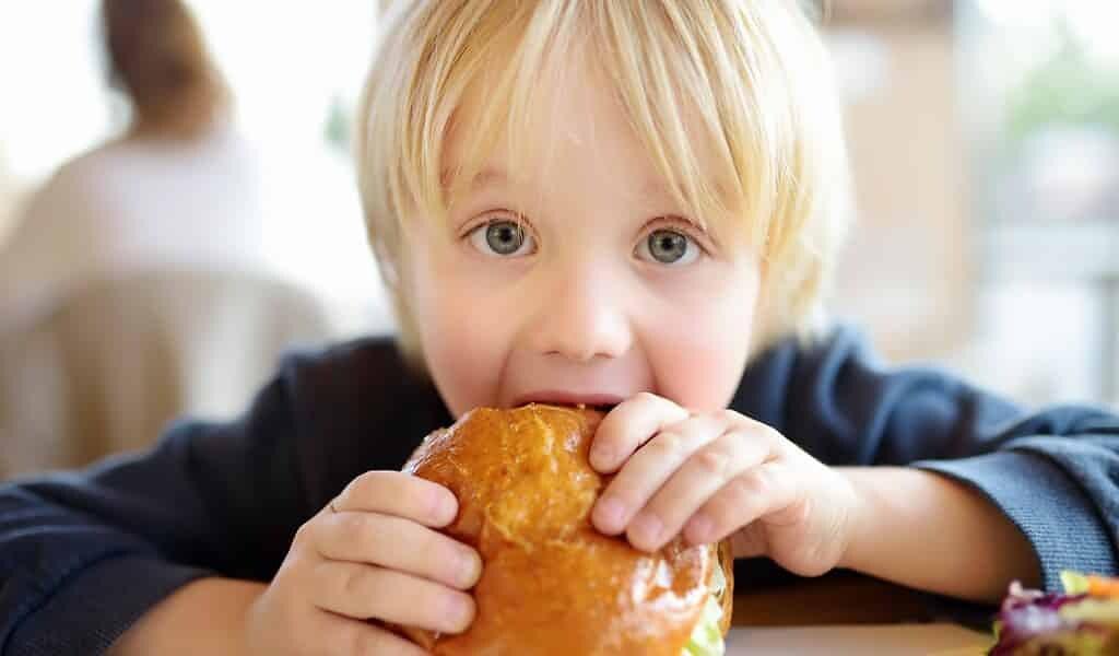 impulsivité-des-enfants-peut-conduire-à-obésité
