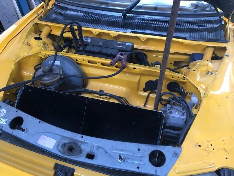 Peugeot-205-Porsche-Boxster-10